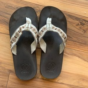 Reef embroidered thong sandals 9